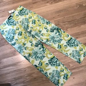 NWT The Limited Stretch Capri Cropped Pant size 2